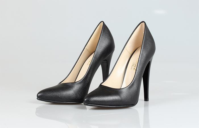 Stiletto ayakkabı fiyatları, Stiletto ayakkabı, Stiletto